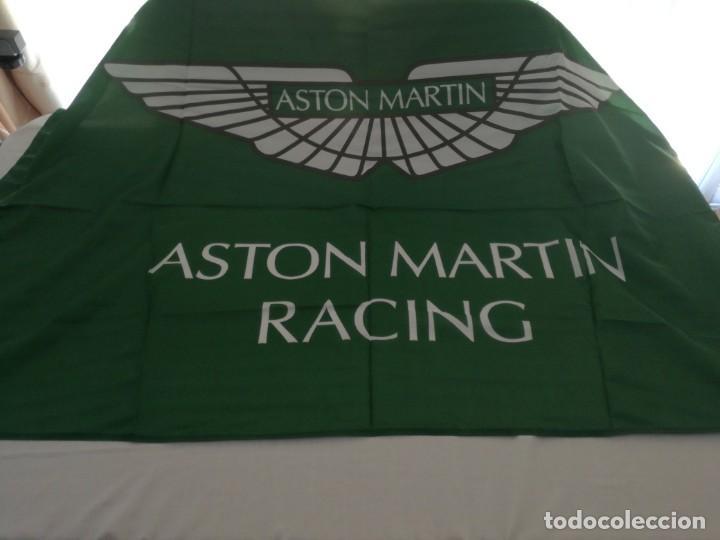 BANDERA ASTON MARTIN RACING,NUEVO (Coleccionismo Deportivo - Banderas y Banderines otros Deportes)