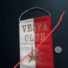 Coleccionismo deportivo: BANDERÍN VESPA CLUB BRUSELAS , CARRERA EUROVESPA 58.. Lote 293187973
