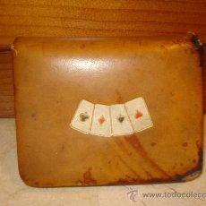 Barajas de cartas: ESTUCHE CUERO JUEGO DE CARTAS AÑOS 60. Lote 10055675