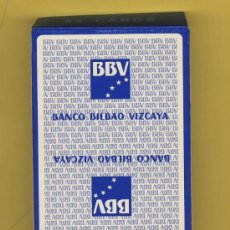 Barajas de cartas: NAIPE.BARAJA. HERACLIO FOURNIER-PUBLICIDAD -BANCO BILBAO VIZCAYA-- 54 NAIPE POKER-ENVASE AZUL. Lote 21245098