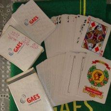 Barajas de cartas: SET DE 2 BARAJAS Y TAPETE. GAES. CENTROS AUDITIVOS. BARAJA ESPAÑOLA + BARAJA PÓKER. . Lote 24111033