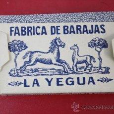 Barajas de cartas: ANTIGUA BARAJA DE NAIPES FINOS UNA HOJA: FABRICA DE BARAJAS LA YEGUA - JUAN ROURA Nº 28. Lote 26391194