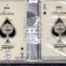 Barajas de cartas: DOS BARAJAS MINIATURA DE POKER ESPAÑOLAS, FOURNIER, AVION. Lote 30533875