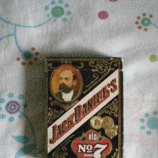 Barajas de cartas: BARAJA DE CARTAS DE POKER JACK DANIELS OLD NUMERO 7 CAJA NEGRA 55 NAIPES AÑO 1972. Lote 31136810