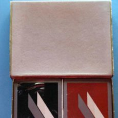 Barajas de cartas: 2 BARAJAS DE CARTAS DE PÓKER. FOURNIER. AÑOS 80. PRECINTADAS. CON CAJA. . Lote 31878401