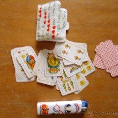 Barajas de cartas: RARA BARAJA DE CARTAS MINI - NAIPES COMAS CON FUNDA PLASTICA. Lote 43672702