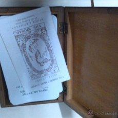 Barajas de cartas: ORIGINAL BARAJA DE TAROT CON SU CAJA DE MADERA. Lote 50999620