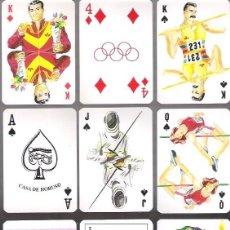 Barajas de cartas: BARAJA OLIMPICA DE CASA DE HORUS, 54 CARTAS EN ESTUCHE DE PLASTICO TIPO LIBRO. SIN ESTRENAR.. Lote 195516096