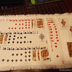 Barajas de cartas: BARAJA DE PÓKER FOURNIER CON FILO DORADO Y PERRO COCKER. Lote 55154119