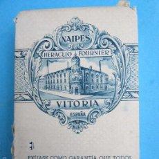 Barajas de cartas: BARAJA DE POKER , NAIPES HERACLIO FOURNIER , VITORIA , TIMBRE 3 PESETAS. Lote 56189691