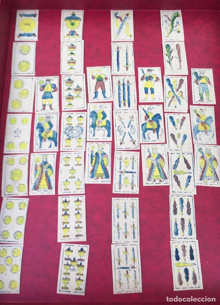 BARAJA 40 NAIPES MUY RARA HEMISFERIOS CORONADOS PINILLOS DE VALLEJO 1845 (Juguetes y Juegos - Cartas y Naipes - Baraja Española)