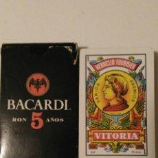 Barajas de cartas: BARAJA DE CARTAS FOURNIER PUBLICIDAD RON BACARDI 5 AÑOS 50 CARTAS NAIPES COMODINES EXPECIALES . Lote 70119145