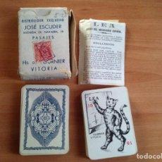 Baralhos de cartas: ANTIGUO JUEGO DE CARTAS BARAJA COMPLETA LEA DE FOURNIER CON CAJA E INSTRUCCIONES ORIGINALES 1940. Lote 77815709