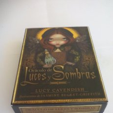 Barajas de cartas: ORACULO DE LUCES Y SOMBRAS. LUCY CAVENDISH. ESTUCHE CON BARAJA DE CARTAS + LIBRO GUÍA. TAROT. Lote 178883651