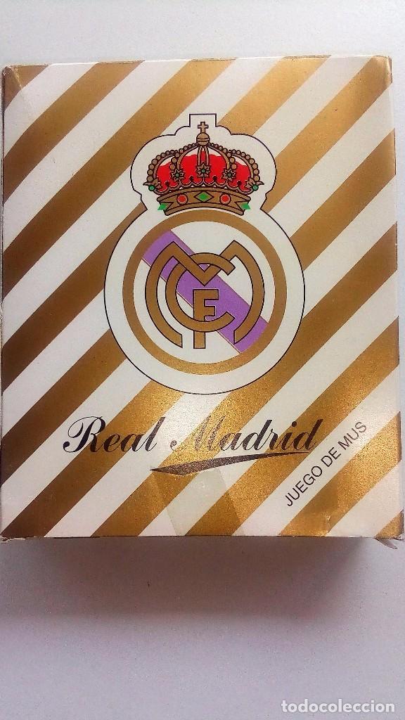 Barajas de cartas: REAL MADRID-FULTBOL-CAJA CON ESTUCHE REGALO :JUEGO MUS+BARAJA FOURNIER+PITAS(DORSO REAL MADRID) - Foto 2 - 130531004