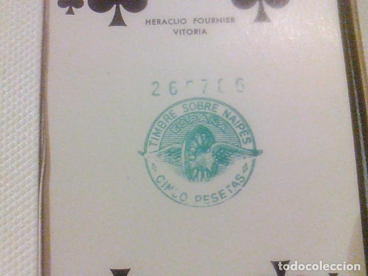 Barajas de cartas: DOS BARAJA CARTAS Nº 260 H FOURNIER VITORIA TIMBRE 5 PTAS BORDE DORADOS CAJA ORIGINAL NAIPES 1960 - Foto 3 - 90884525