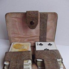 Barajas de cartas: ANTIGUO ESTUCHE DE CARTAS, NAIPES EN SEDA ADAMASCADA. Lote 93073265