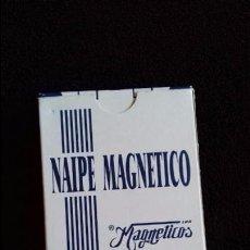 Barajas de cartas: BARAJA ESPAÑOLA LOS MAGNETICOS. NAIPE MAGNETICO. GRABACIONES EN EL MAR.. Lote 106189339