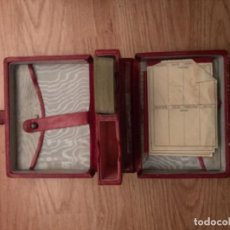 Barajas de cartas: ANTIGUO ESTUCHE DE PIEL, CON JUEGO DE CARTAS PEQUEÑAS DE POKER.. Lote 108934615