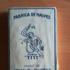 Barajas de cartas: BARAJA ESPAÑOLA FÁBRICA NAIPES HIJOS DE H. FOURNIER MARCA TITI - PRECINTADA TIMBRE 1'25 PESETAS. Lote 110207308