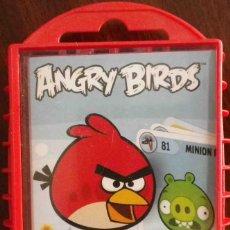 Barajas de cartas: ANGRY BIRDS - JUEGO DE CARTAS EN ESTUCHE RÍGIDO - TRADING CARDS PRECINTADO.. Lote 117566851