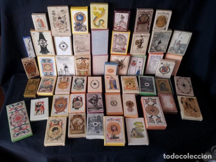 LOTE DE 52 BARAJAS DE NAIPES FACSÍMILES DE LOS EJEMPLARES DEL MUSEO FOURNIER DE ALAVA. (Juguetes y Juegos - Cartas y Naipes - Otras Barajas)