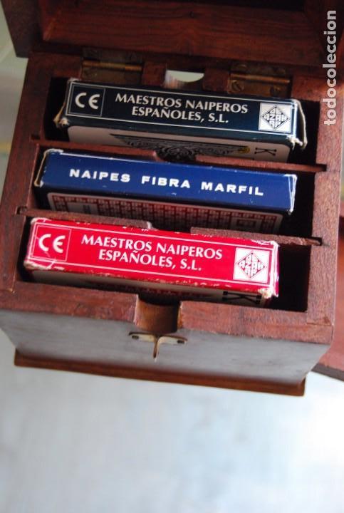 Barajas de cartas: CAJA DE MADERA DE CEDRO CON APLICACIONES DE LATÓN PARA BARAJA DE NAIPES Y POKER . - Foto 36 - 133636450