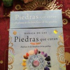 Barajas de cartas: LIBRO + BARAJA DE LAS PIEDRAS QUE CURAN, TIKAL. Lote 135131623