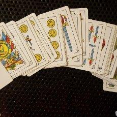 Barajas de cartas: ANTIGUA BARAJA ESPAÑOLA HERACLIO FOURNIER NÚMERO 35, CON 50 CARTAS - COLOR AZUL. Lote 135828206