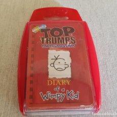 Barajas de cartas: BARAJA TOP TRUMPS / DIARY OF A WIMPY KID / COMPLETA EN CAJA ORIGINAL.. Lote 138553758