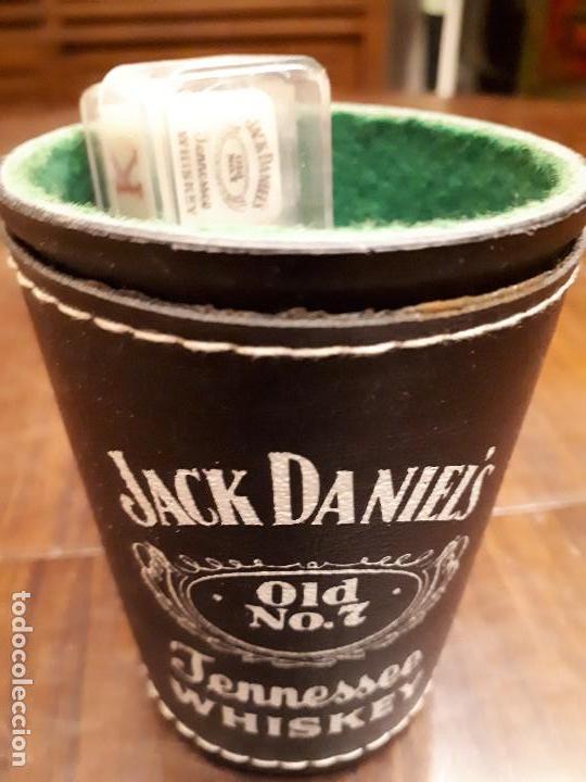 CUBILETE DADOS PÓKER JACK DANIEL'S. CUERO. PIEZA PUBLICITARIA. (Juguetes y Juegos - Cartas y Naipes - Barajas de Póker)