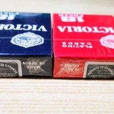Barajas de cartas: POCKER 18 VICTORIA 54 CARTAS. DOS BARAJAS CON PRECINTO ORIGINAL. Lote 140720789