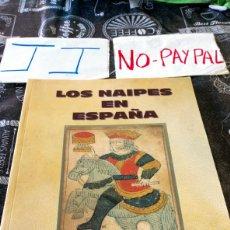 Barajas de cartas: LIBRO LOS NAIPES EN ESPAÑA JUAN DE DIOS AGUDO RUIZ DEPARTAMENTO CULTURA DIPUTACIÓN FORAL DE ÁLAVA. Lote 148537918