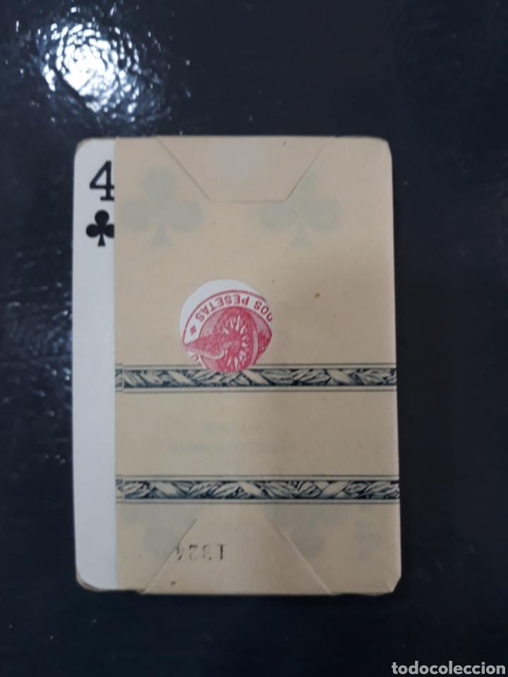 Barajas de cartas: Naipes heraclio fournier,vitoria españa.timbre de estado 2 pesetas. Con precinto. - Foto 4 - 149587954