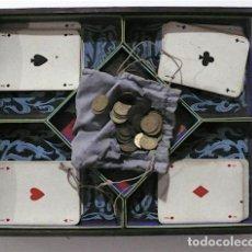 Barajas de cartas: ANTIGUA CAJA CARTAS CON MONEDAS. Lote 151424210