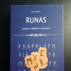 Jeux de cartes: RUNAS : LIBRO + 24 RUNAS DE MADERA DE GUY OGILVY. Lote 158889994