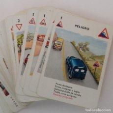 Barajas de cartas: BARAJA DE CARTAS HERACLIO FOURNIER SEÑALES DE TRÁFICO, JUEGO DE FAMILIAS DE 55 CARTAS, COMPLETA.. Lote 160775870