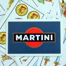 Barajas de cartas: BARAJA ESPAÑOLA, PUBLICIDAD DE MARTINI. NAIPES FOURNIER, VITORIA. COMPLETA Y EN SU CAJA ORIGINAL.. Lote 172372233