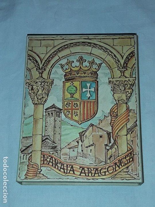 Barajas de cartas: Baraja Aragonesa nueva Descriptiva de trajes, arquitectura, monedas y artesanía - Foto 2 - 182694401