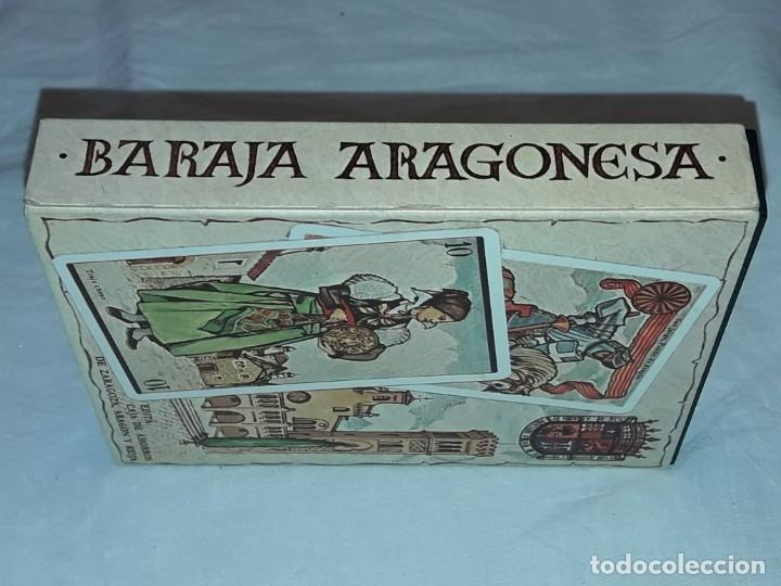 Barajas de cartas: Baraja Aragonesa nueva Descriptiva de trajes, arquitectura, monedas y artesanía - Foto 3 - 182694401