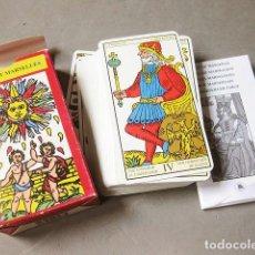 Barajas de cartas: BARAJA DE EL TAROT MARSELLÉS CON INSTRUCCIONES - LO SCARABEO - 78 ARCANOS - CLAUDE BURDEL 1751. Lote 183834495