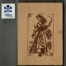 Barajas de cartas: CAJA DE MADERA PARA NAIPES / FOURNIER. Lote 186137268