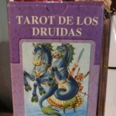 Barajas de cartas: TAROT DE LOS DRUIDAS. LO SCARABEO. NUEVO. PRECINTADO. Lote 190451967