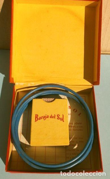 Barajas de cartas: BARAJA DEL SOL - JUEGO DESTREZA (muy RARO) SUN CARDS AN OLD FAR WEST PLAY - años 50 ed. Billy Ross - Foto 2 - 193427940