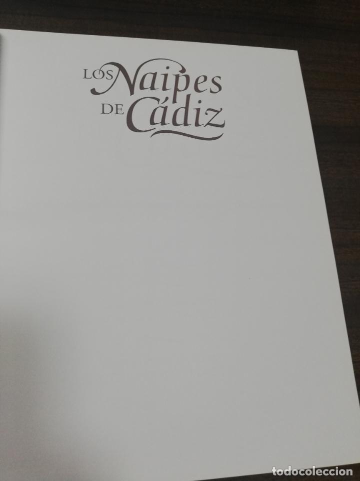 Barajas de cartas: LOS NAIPES DE CADIZ. 1ª EDICION. EJEMPLAR Nº 44 DE 100. ALBERTO PEREZ GONZALEZ. 2015. - Foto 3 - 195187457