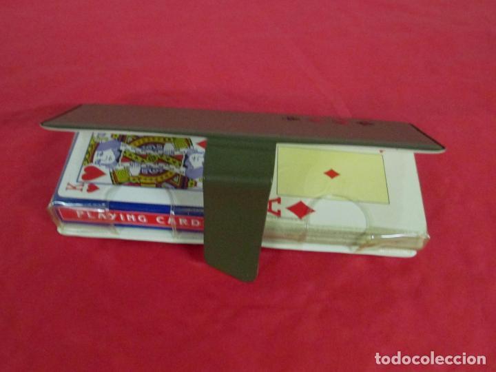 Barajas de cartas: ESTUCHE LOTE 2 BARAJAS DE POKER - 55 CARTAS HERACLIO FOURNIER 818 + OTRA Y TAPETE MALAGA VIRGEN PROM - Foto 3 - 197317138