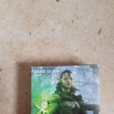 Barajas de cartas: CAJA CON 2 MAZOS DE 30 CARTAS MAGIC. Lote 199956933