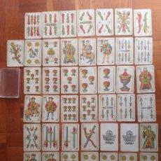 Barajas de cartas: BARAJA DE NAIPES INTRANSPARENTES HERACLIO FOURNIER S.A. Nº 5 VITORIA ESPAÑA 1962 COMPLETA 50 CARTAS. Lote 205855076