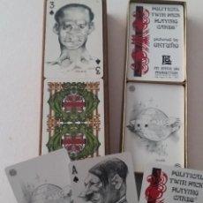 Barajas de cartas: ESTUCHE CON 2 BARAJAS DE CARTAS, CARICATURAS DE POLÍTICOS DIBUJADAS POR ORTUÑO. IMPECABLE, PRECINTAD. Lote 208026328