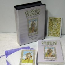 Barajas de cartas: THE NORSE TAROT. GODS, SAGAS AND RUNES FROM THE LIVES OF THE VIKINGS. CLIVE BARRET. TAROT Y LIBRO. Lote 208868296